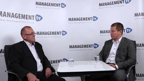 Tomáš Zajíček v Management TV: O rozdílech a přednostech externího a interního koučinku